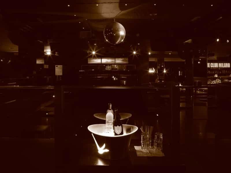 the_club_01